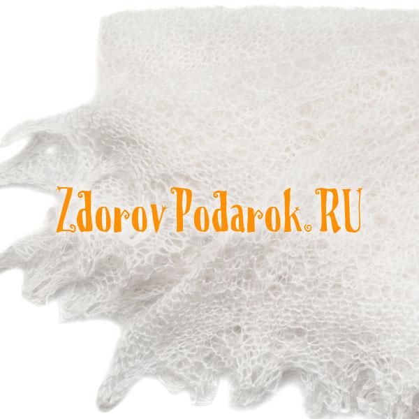 Ажурный пуховый платок белого цвета